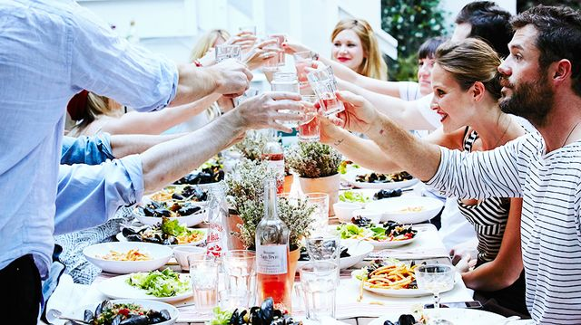 How To Throw an Exceptional Dinner Party